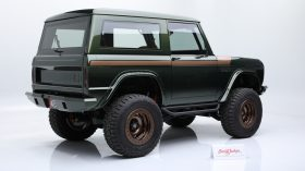 Ford Bronco 1976 03