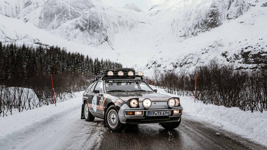 Un Porsche 924 puede ser la opción ideal para viajar y dormir