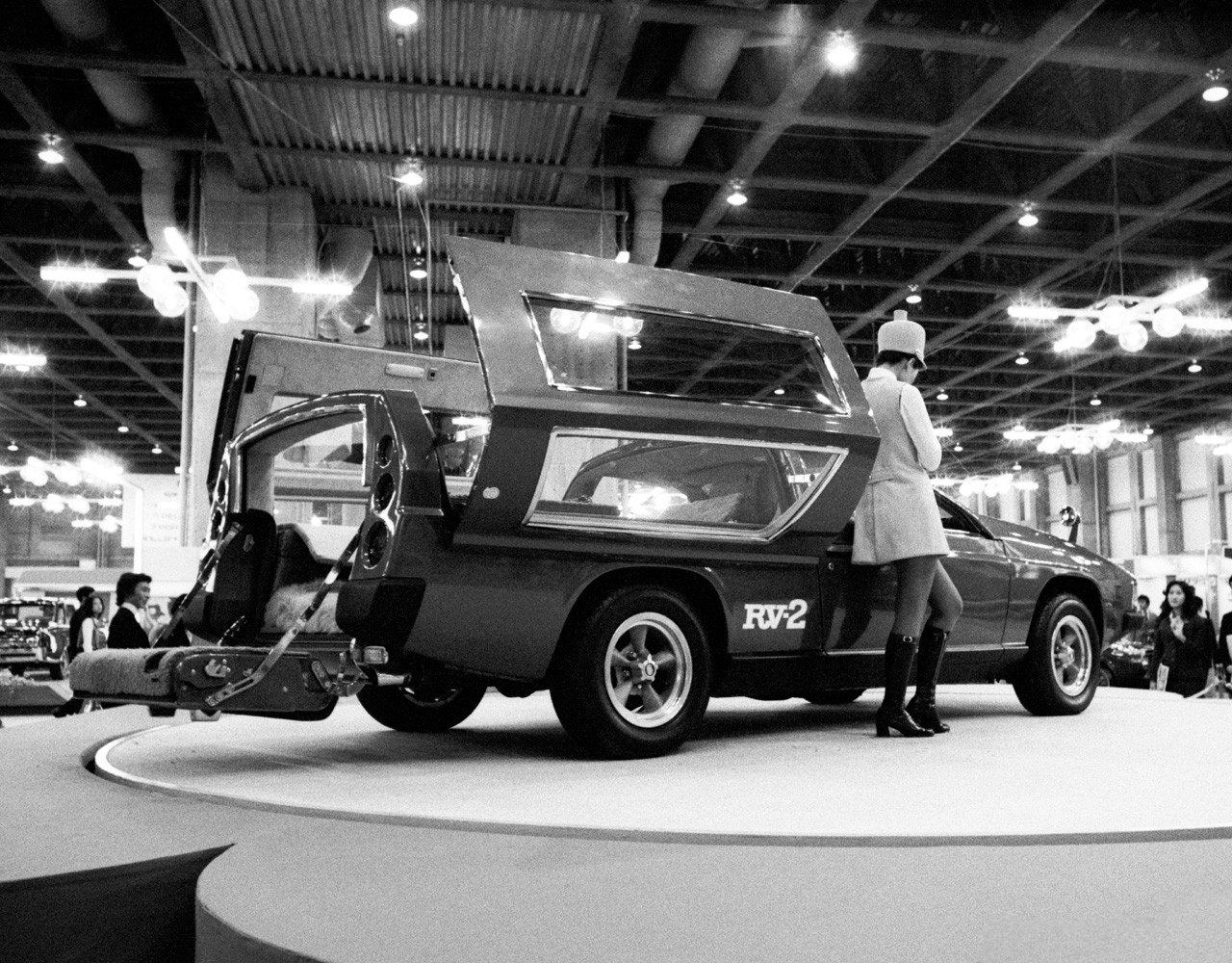 Toyota RV 2 Concept 3