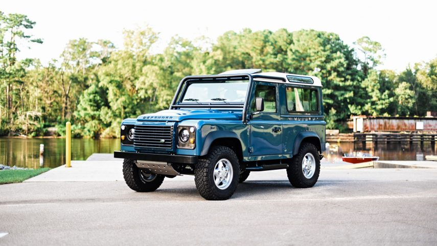 Land Rover Defender por Osprey Custom Cars, un clásico de 1997 puesto al día