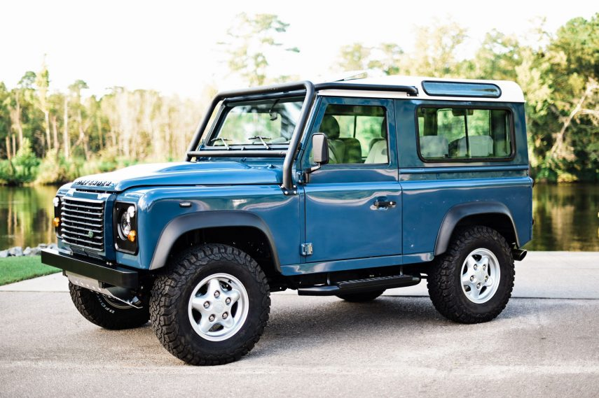 Land Rover Defender Osprey 2020 01