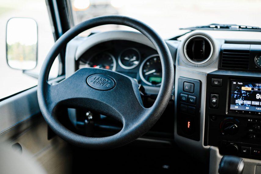 Land Rover Defender Osprey 2020 15