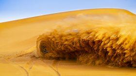 Rolls Royce Cullinan en desierto 21