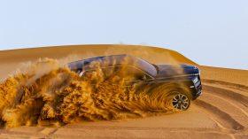 Rolls Royce Cullinan en desierto 26