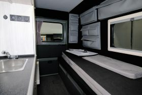 Lorinser Puch G Wagen Camper 10