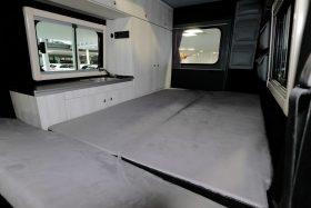 Lorinser Puch G Wagen Camper 11