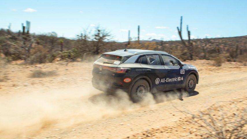 El Volkswagen ID.4 completa el complicado rally NORRA Mexican 1000